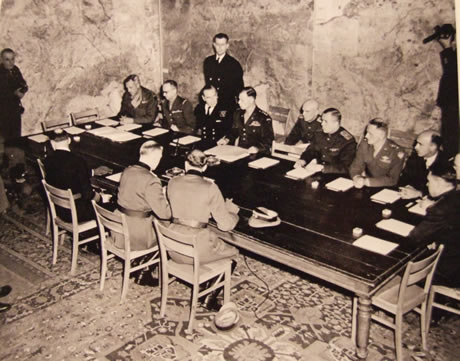 подписание капитуляции фашистской Германии