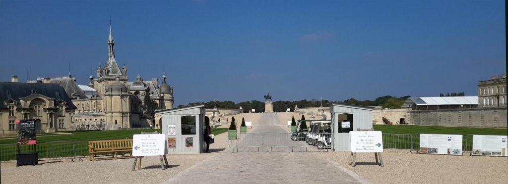 экскурсия из Парижа в Шантийи и музей Конде