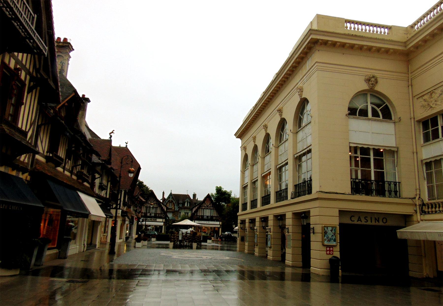 экскурсия из Парижа в казино Довиля Нормандия