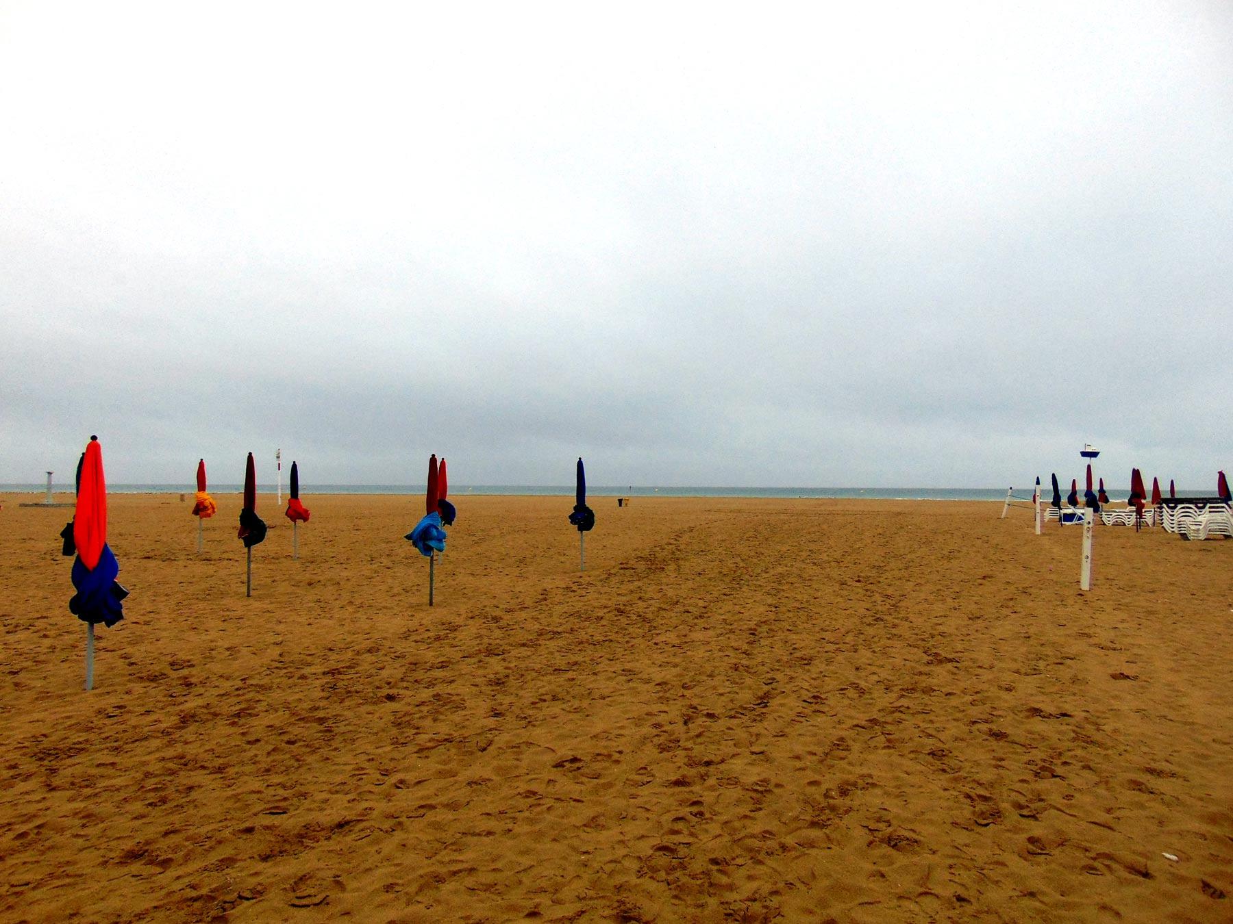 пляжи Довиля ла Манш
