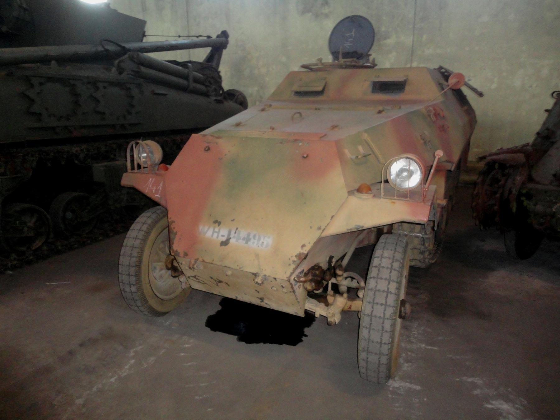 бронетехника Второй Мировой войны фашистской Германии в музее Сомюр
