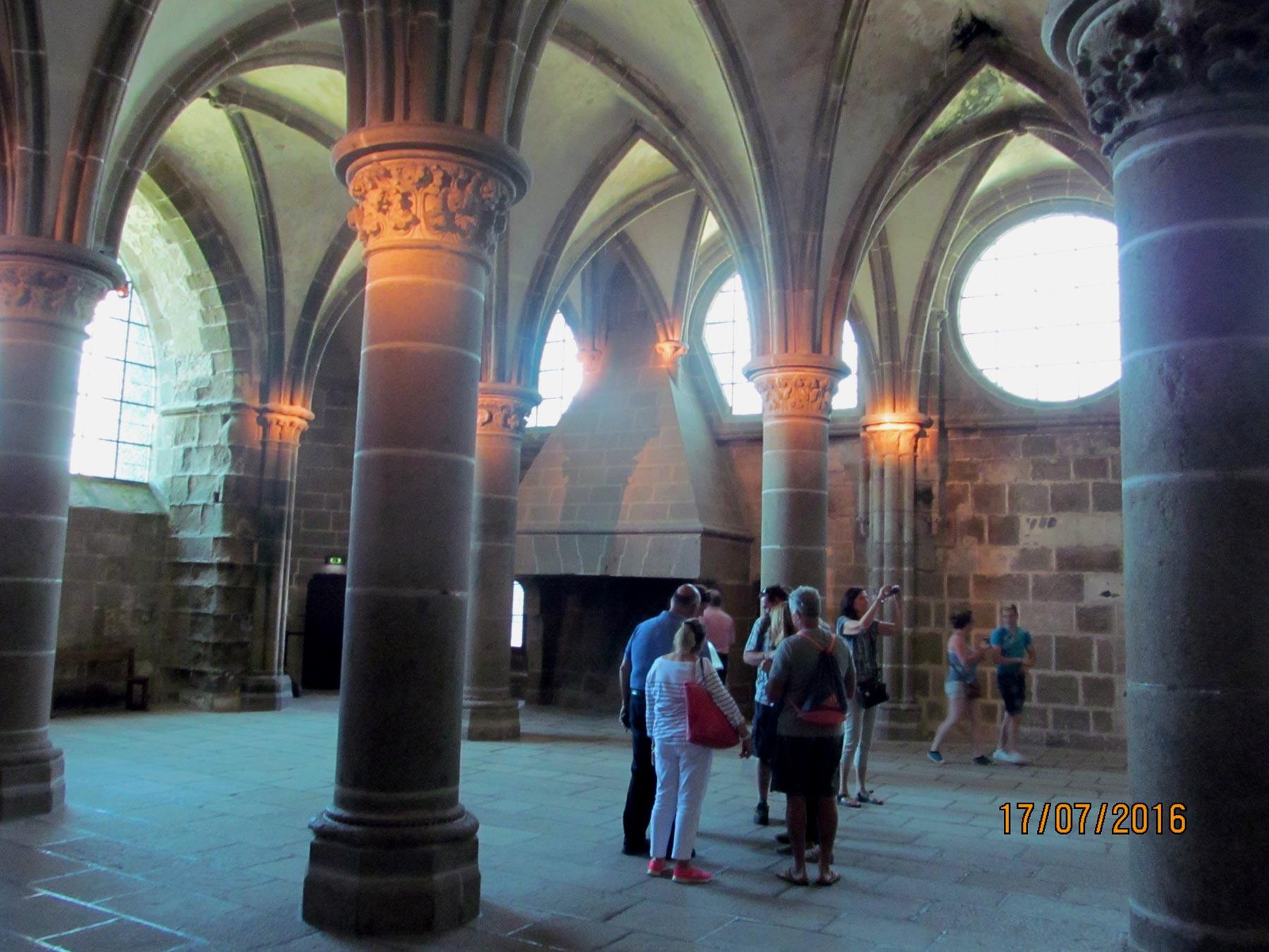 экскурсия по залам аббатства