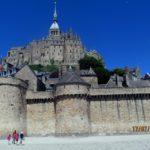 крепость Мон Сен Мишель со стороны Нормандии