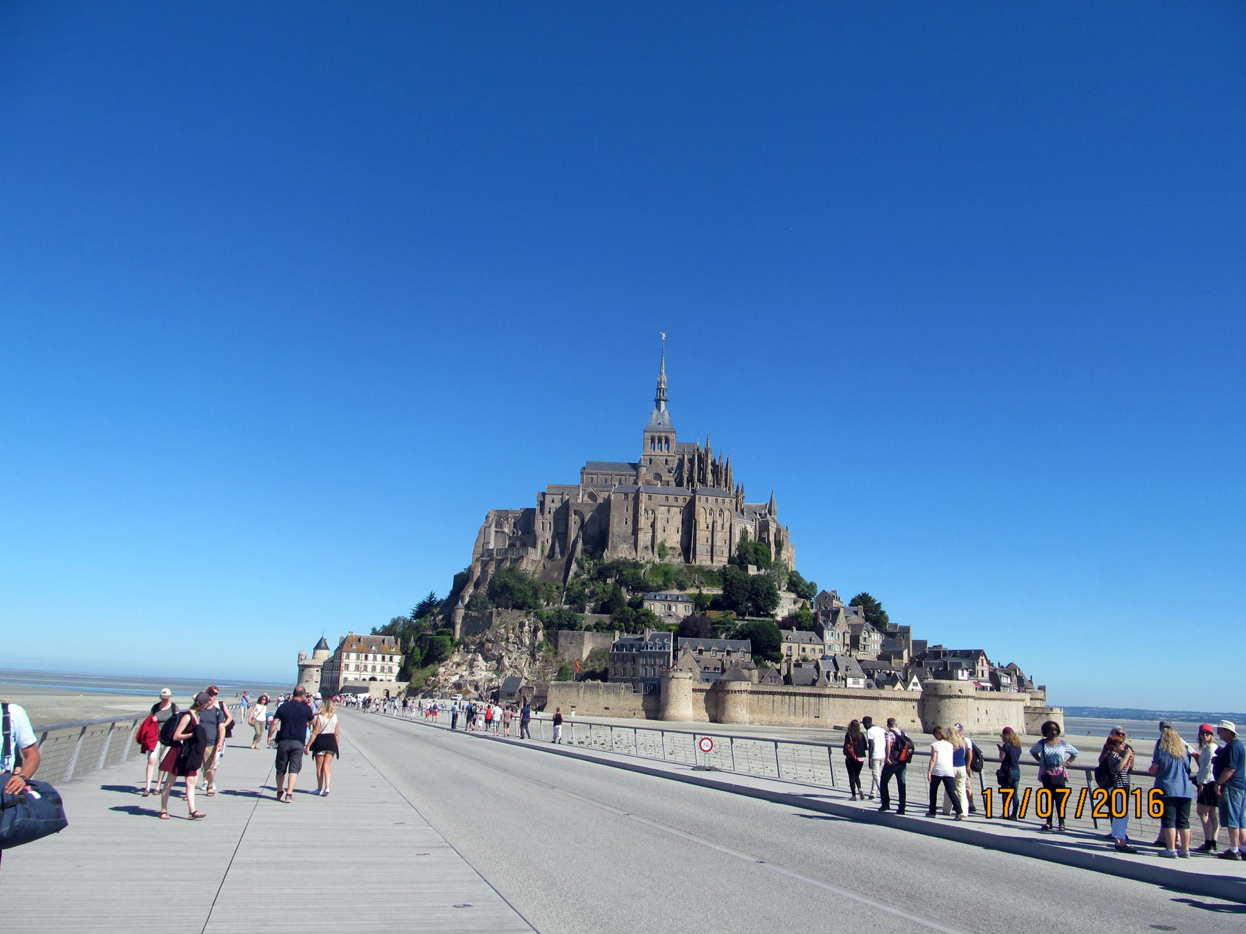 экскурсия из Парижа в Мон Сен Мишель