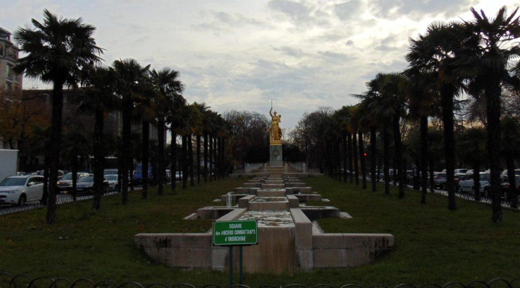 иностранный легион, памятник в Париже