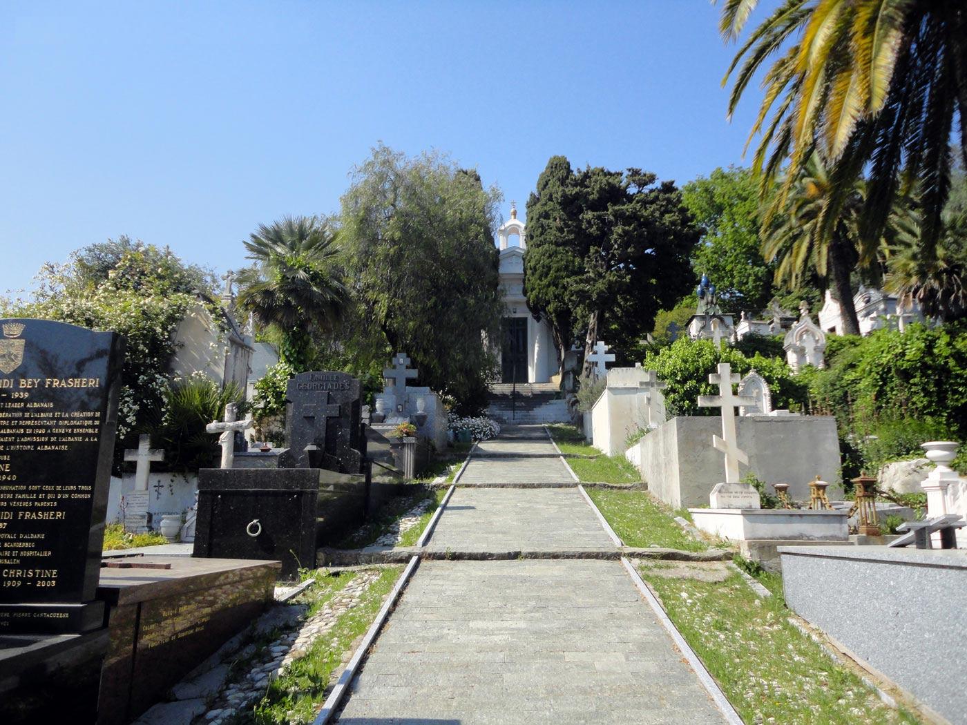 экскурсия из  Ниццы на кладбище Кокад