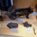 старинные изделия из железа
