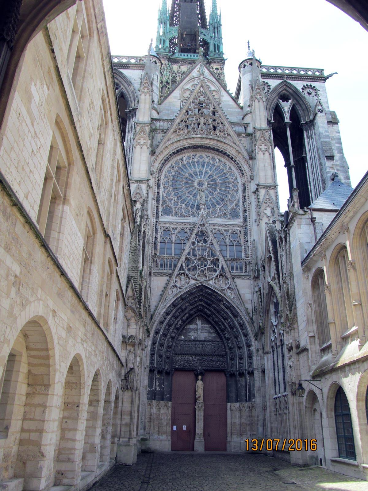 экскурсия вокруг собора в Руане, Нормадия