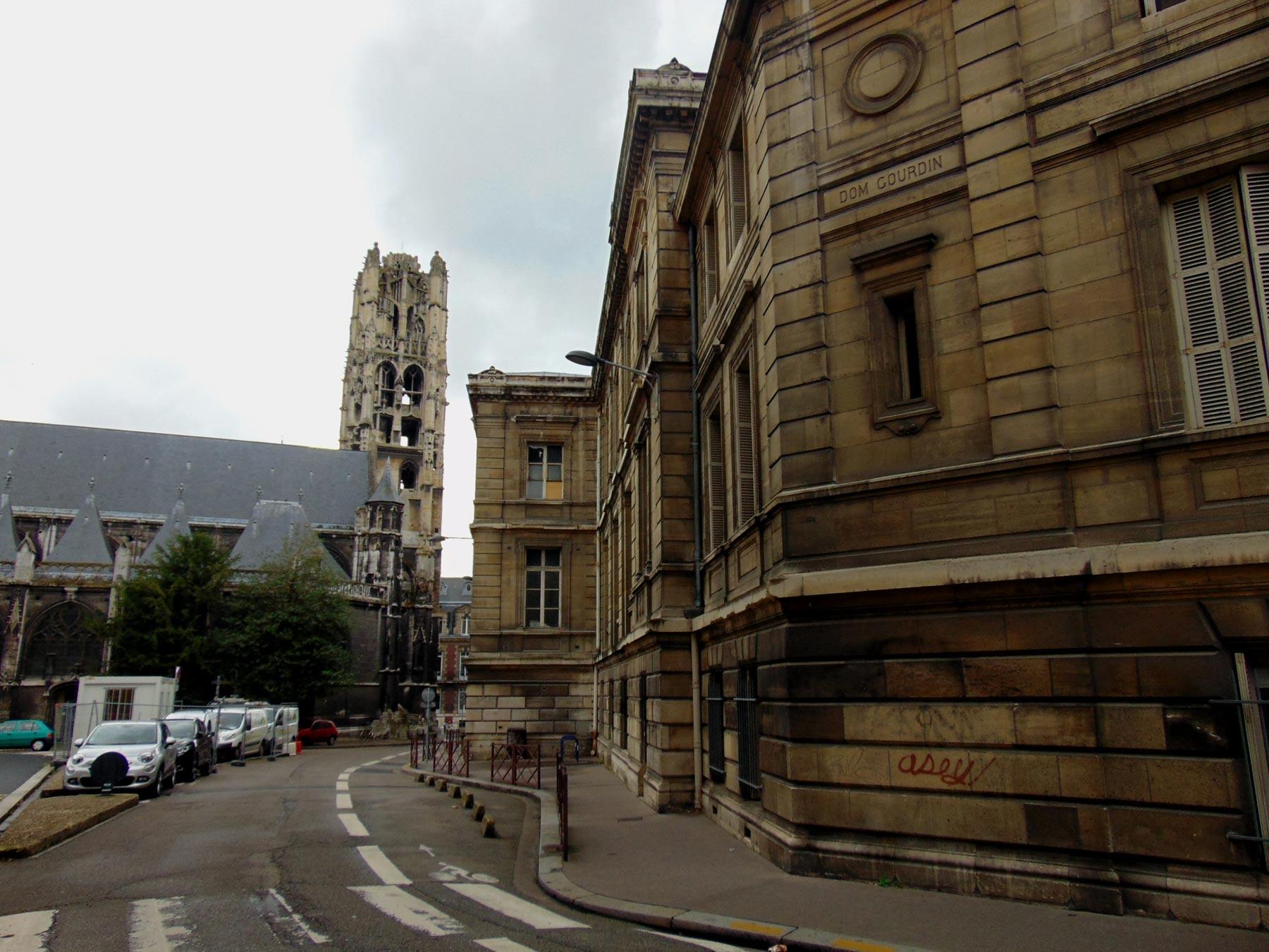 церкви Руана тоже достопримечательности