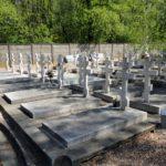 мемориал и кадетский участок на русском кладбище Сент-Женевьев-де-Буа