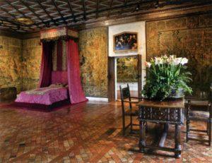 экскурсия по замку, спальни королев