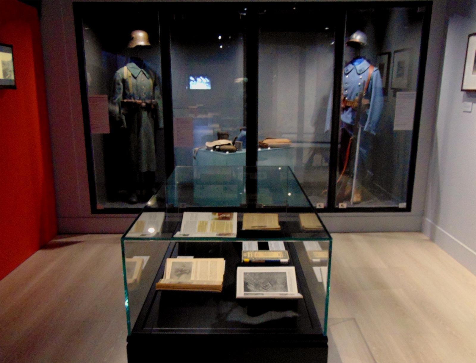 униформа в музее ле Бурже