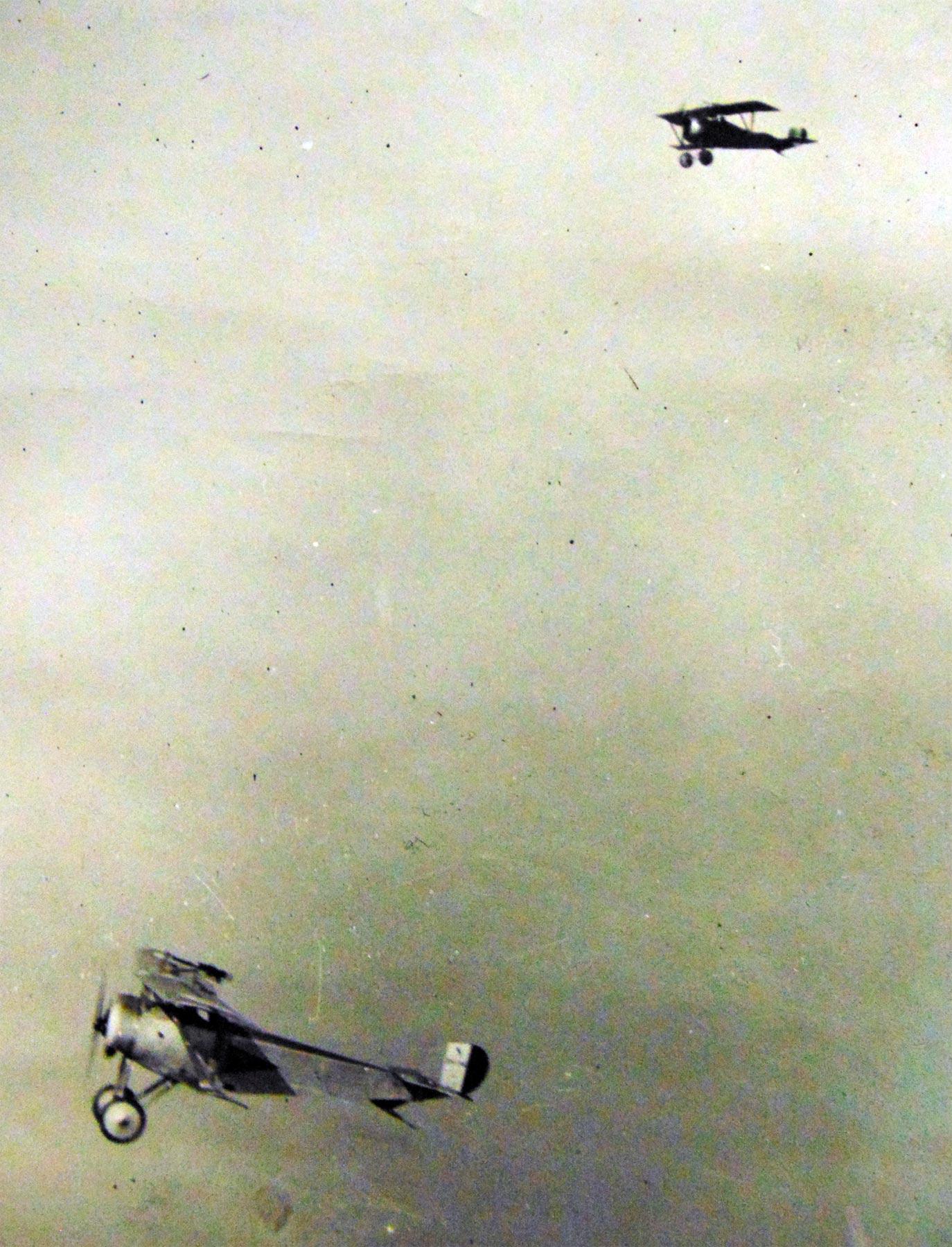 фотографии первой мировой войны в музее авиации и космонавтики в ле Бурже