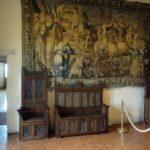 Мебель в зале винопития замок Амбуаз
