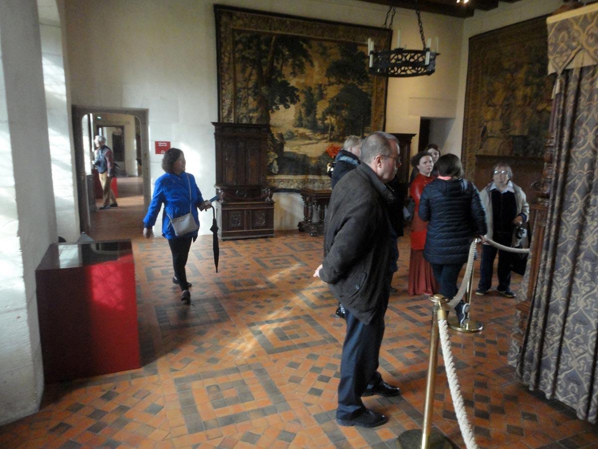 Замок Амбуаз экскурсия по спальне Генриха II