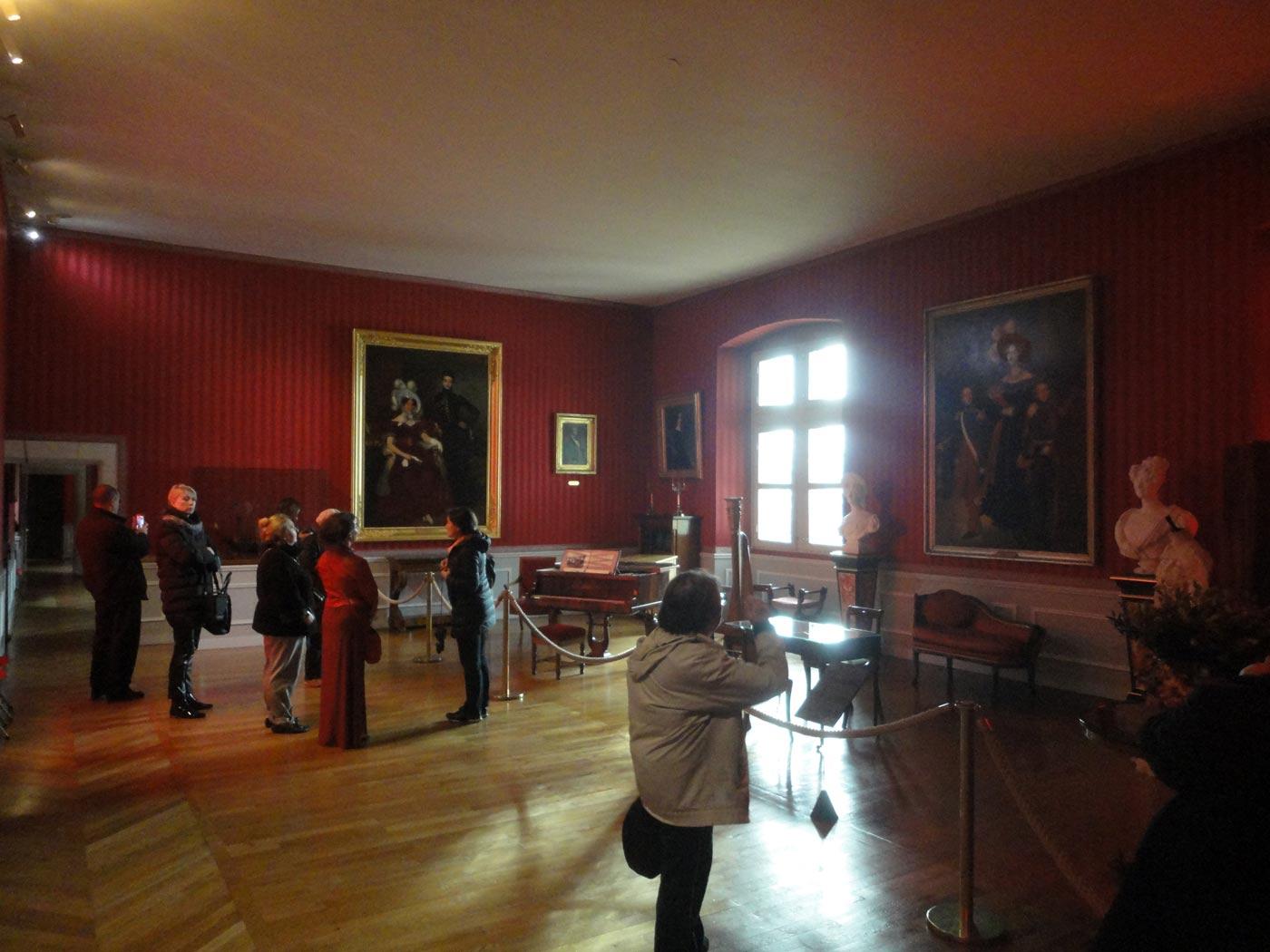 Музыкальный салон замок Амбуаз