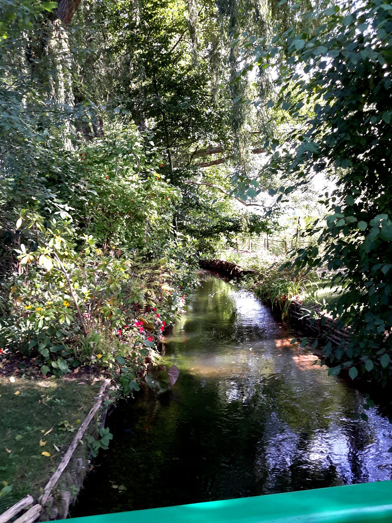 экскурсия по Водному Саду в Живерни