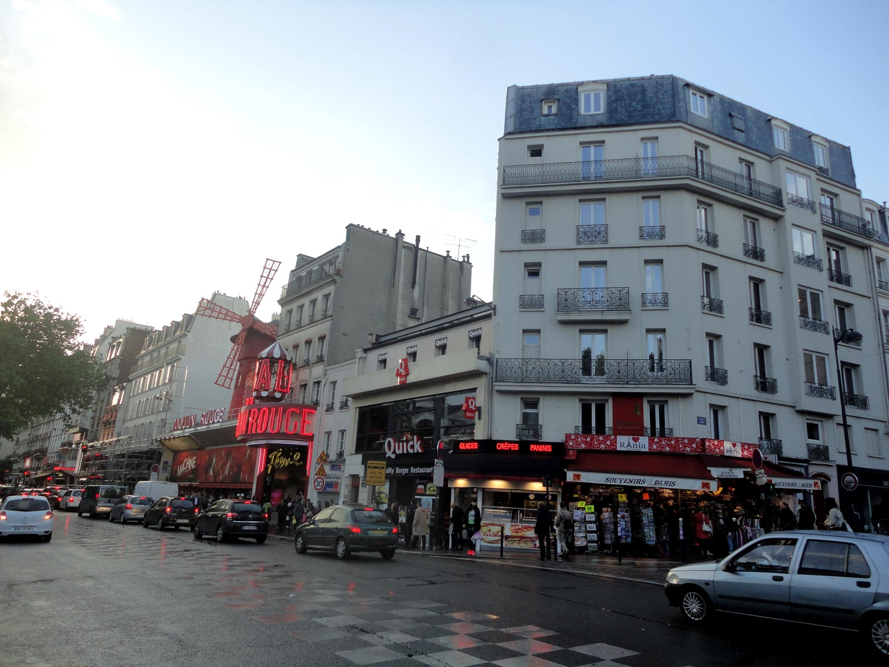 легендарное кабаре Парижа
